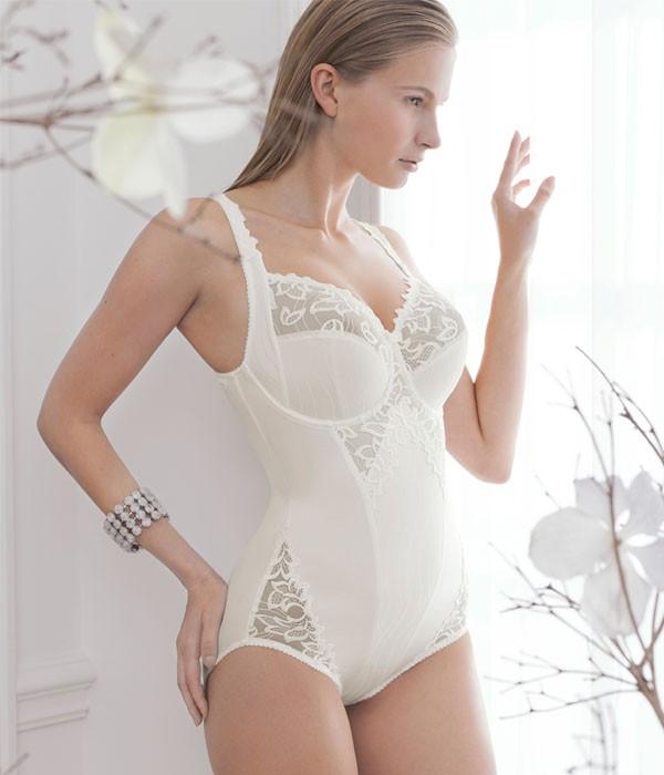 Body con aro faja entera Deauville de Primadonna lingerie