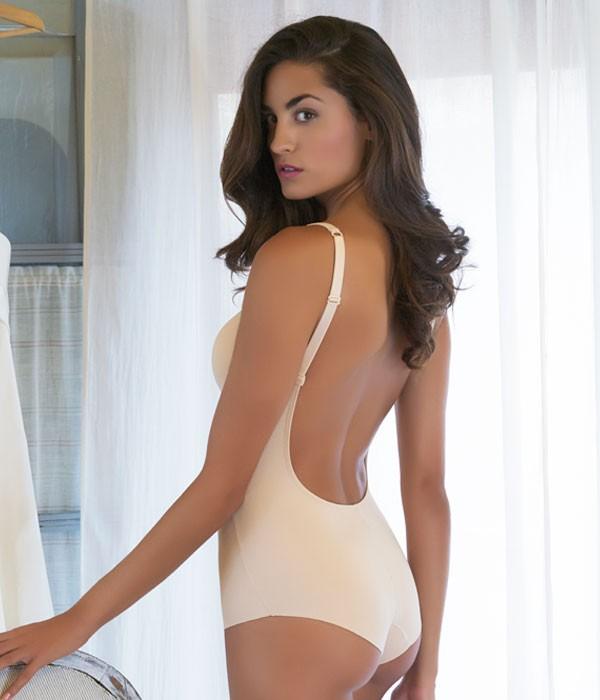 Body sin espalda descubierta Evelyn novia invitada madrina